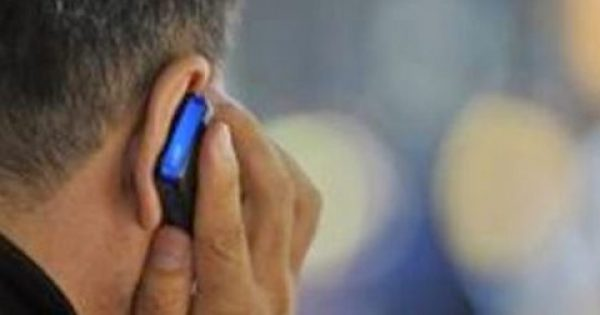 Αυτές είναι οι 8 συνηθέστερες ασθένειες από τα κινητά τηλέφωνα