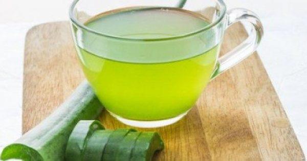 Πώς να φτιάξετε χυμό αλόης για φαρμακευτικές θεραπείες