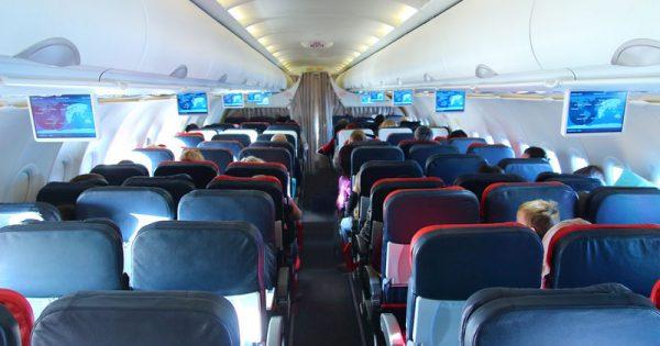 Αεροτοξικό σύνδρομο: Ποιον κίνδυνο κρύβει ο αέρας των αεροπλάνων