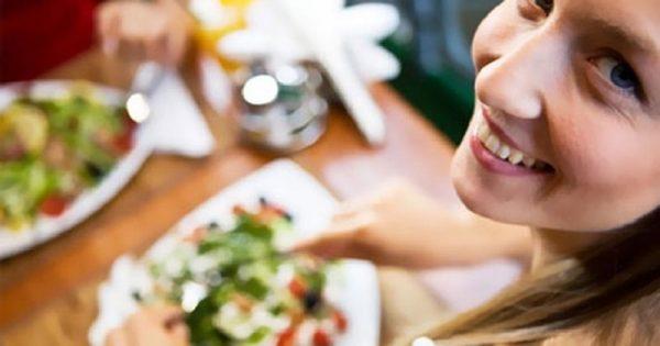 Οι τέσσερις «κορυφαίες» τροφές για αποτοξίνωση