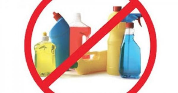 Αντικαταστήσετε 10 επικίνδυνα χημικά προϊόντα του σπιτιού σας με φυσικά υλικά