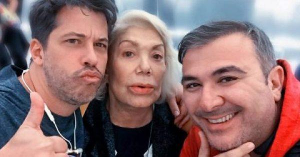 Μαρινέλλα, Ρέμος και Βαρθακούρης συναντήθηκαν τυχαία στο αεροδρόμιο του Λας Βέγκας