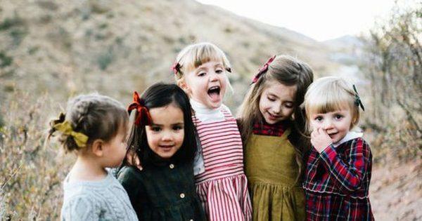 Τραυλισμός στα παιδιά: Όλα όσα πρέπει να γνωρίζουν οι γονείς για τα αίτια και τη θεραπεία