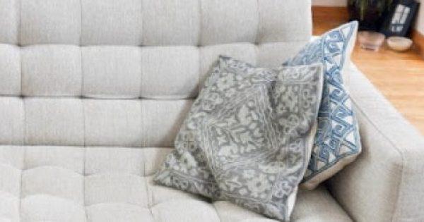 Τρεις συμβουλές για να καθαρίσετε σωστά τον καναπέ σας