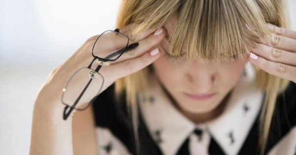 ΩΡΛ: Που μπορεί να οφείλεται ο συχνός πονοκέφαλος!!!