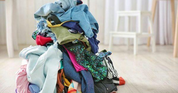 Γιατί δεν πρέπει να αφήνετε τα άπλυτα ρούχα πεταμένα στο δωμάτιο!!!