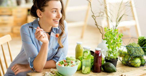 Τρεις διατροφικές στρατηγικές που βοηθούν στη αντιμετώπιση της κατάθλιψης