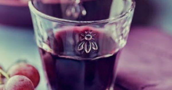 Έρευνα: 2 ποτήρια κρασί πριν τον ύπνο σε βοηθούν να χάσεις κιλά!