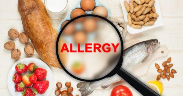 Διατροφικές αλλεργίες: Τι ισχύει με τα παιδιά και τι με τους ενήλικες