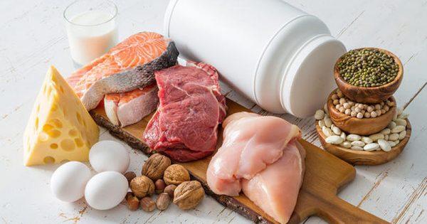 Πρωτεΐνες: Έξι σημάδια που στέλνει το σώμα όταν καταναλώνετε μεγάλες ποσότητες