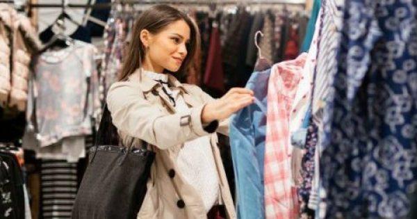 Γιατί πρέπει να πλένουμε δύο φορές τα ρούχα που αγοράζουμε πριν τα φορέσουμε…