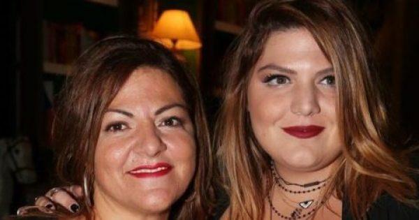 Βίκυ Σταυροπούλου: Βραδινή έξοδος με την κόρη και τον πρώην σύντροφό της!