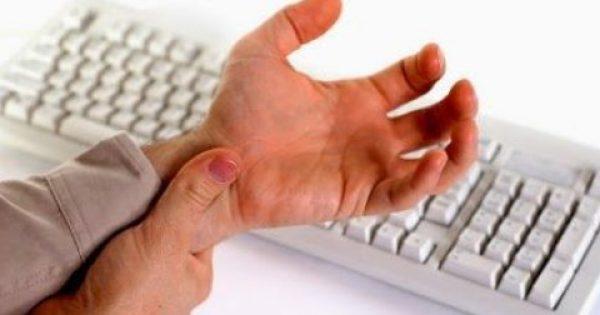 Πόνος χαμηλά στο χέρι από τενοντίτιδα στον καρπό. Αιτίες που συμβαίνει, τρόποι αντιμετώπισης και πρόληψης