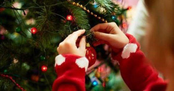 Οι ψυχαναλυτές έχουν κάτι να πουν σε όσους στολίζουν από νωρίς για τα Χριστούγεννα…