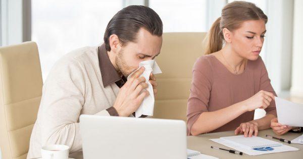 Για πόσες μέρες κολλάει η γρίπη και το κρυολόγημα
