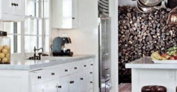 Καθαρίζουμε τα ντουλάπια της κουζίνας σε 5 κινήσεις!