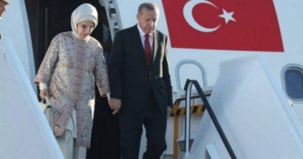 Εμινέ: Γνωρίστε την σκοτεινή κυρία Ερντογάν: Τα πάθη της γυναίκας που μόνο δημοσίως είναι ένα βήμα πίσω από τον Σουλτάνο