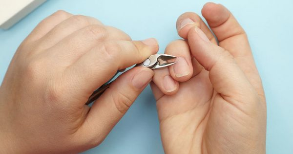 Υγιή νύχια: Τι πρέπει να κάνετε & ποια σημάδια πρέπει να ελεγχθούν από γιατρό