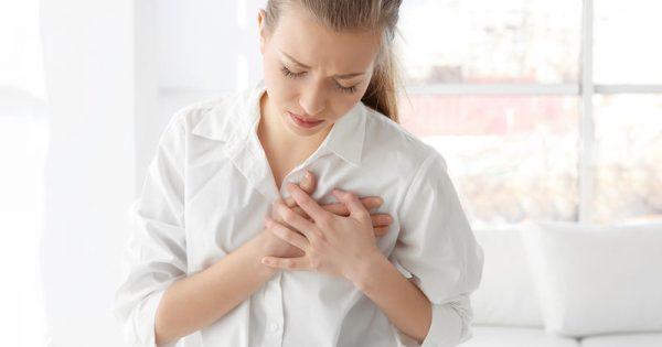 Τροφική αλλεργία: Πέντε συμπτώματα που δεν πρέπει να αγνοήσετε