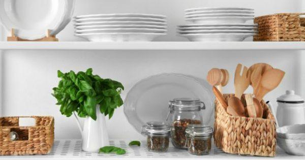 Υπάρχει Ένας Τρόπος για να Διατηρήσετε την Κουζίνα Καθαρή Ενώ Μαγειρεύετε