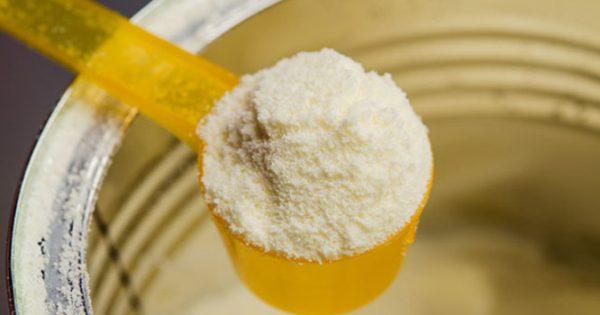 Σαλμονέλα σε βρεφικό γάλα της Lactalis: Τα συμπτώματα που μπερδεύουν πολλούς – Προσοχή!