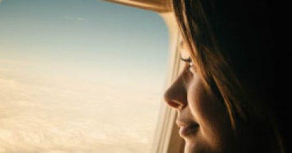 Το πρώτο πράγμα που πρέπει να κάνεις μετά από μια πτήση! Σύμφωνα με την επιστήμη