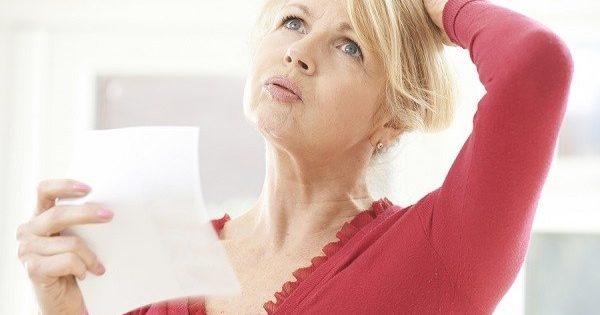 Εξάψεις εμμηνόπαυσης και νυχτερινή εφίδρωση: Ένας επικίνδυνος συνδυασμός για τις γυναίκες