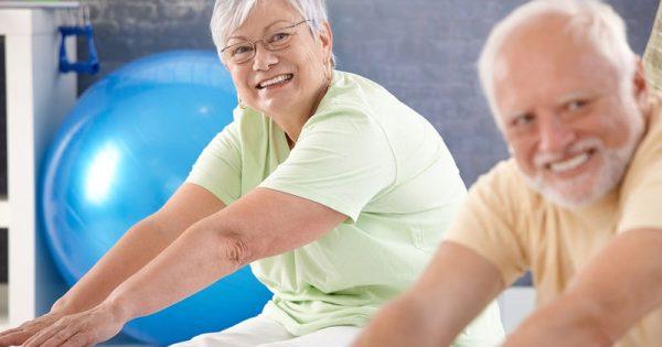 Η έντονη σωματική άσκηση «φρενάρει» την επιδείνωση του Πάρκινσον