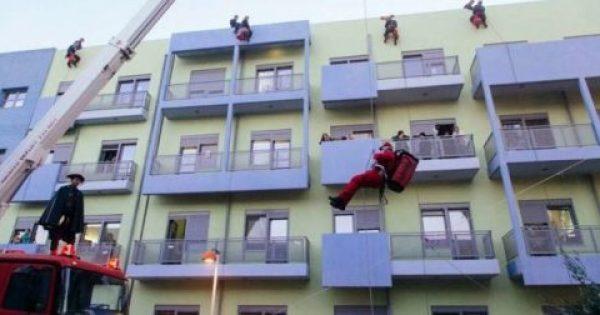 Έλληνες πυροσβέστες και ο Άγιος Βασίλης πήγαν στην Ογκολογική Μονάδα Παίδων