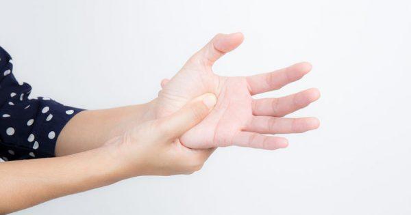 Όγκος στο κεφάλι: Ποια είναι τα κυριότερα προειδοποιητικά συμπτώματα