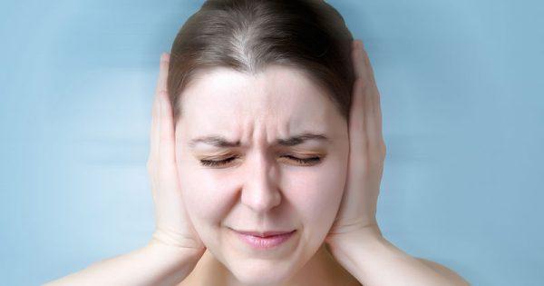 Εμβοές: Ελπίδες από νέα πειραματική θεραπεία για το βούισμα στα αυτιά