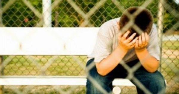 Ένα αγόρι είδε μερικούς νταήδες να παρενοχλούν ένα συμμαθητή του… Διαβάστε τι συνέβη 6 χρόνια μετά!
