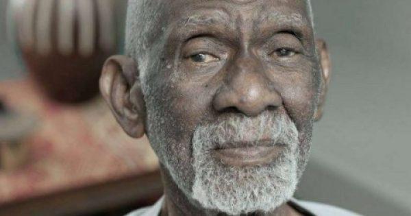 Βοτανολόγος ισχυρίζεται πως βρήκε τη «θεραπεία για όλες τις ασθένειες» και δικαιώνεται από Αμερικανικό Δικαστήριο!