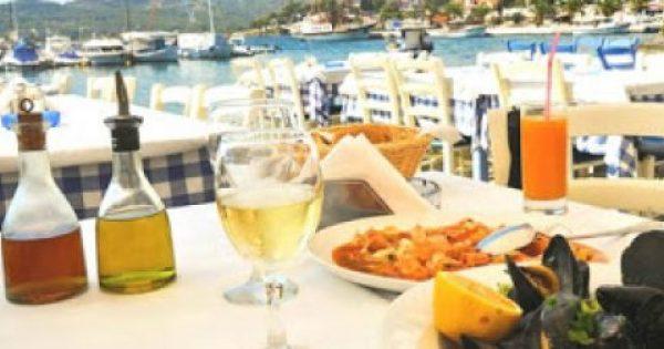Σας αφορά: Πρώην σερβιτόροι συμβουλεύουν τι να μην τρώτε στα εστιατόρια!