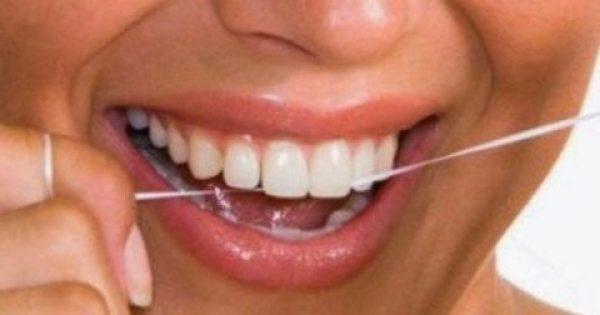 Πώς να διατηρείτε καθαρά τα δόντια σας