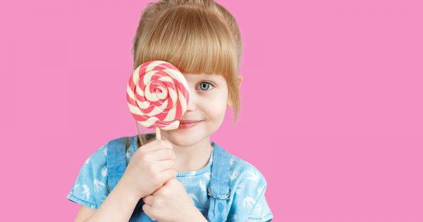 Έξι τρόποι για να τρώει το παιδί σας λιγότερη ζάχαρη