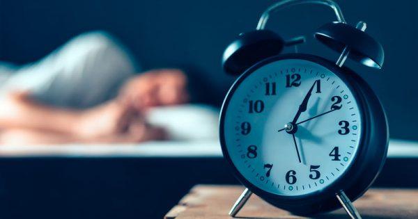 Το πιο απλό κόλπο για να νικήσετε την αϋπνία σε 5 λεπτά!