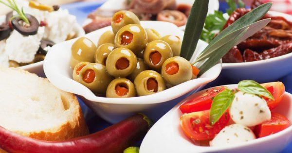 Η διατροφή που προστατεύει την υγεία των ηλικιωμένων