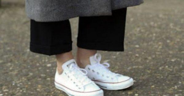 Eσύ ξέρεις πώς να καθαρίσεις τα λευκά sneakers σου στο πλυντήριο;