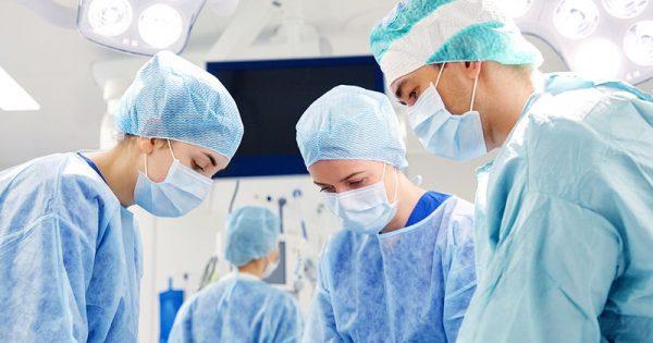 Φαινόμενο του Σαββατοκύριακου: Πώς συνδέεται η μέρα του χειρουργείου με τον κίνδυνο θανάτου