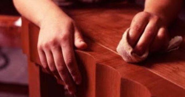 Έξυπνα κόλπα για να καλύψετε τις γρατζουνιές στα ξύλινα έπιπλα