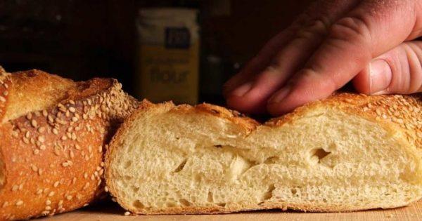 Πώς διατηρείται καλύτερα το ψωμί – Τι γίνεται όταν μπαίνει στο ψυγείο…