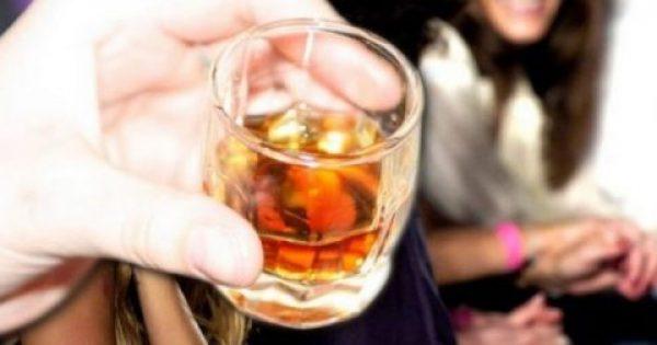 Οι μικρές ποσότητες αλκοόλ κάνουν καλό στον εγκέφαλο