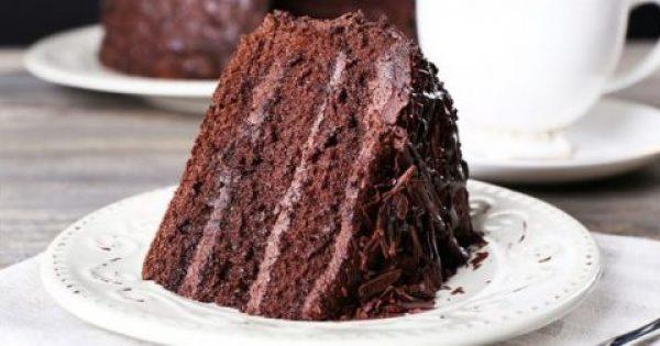 Φτιάξτε σοκολατένιο κέικ με αβοκάντο αντί για αυγά και βούτυρο