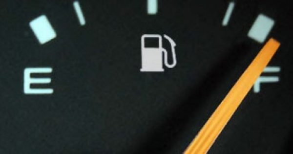 Τέσσερις απλές συμβουλές για να κάνετε οικονομία στη βενζίνη…