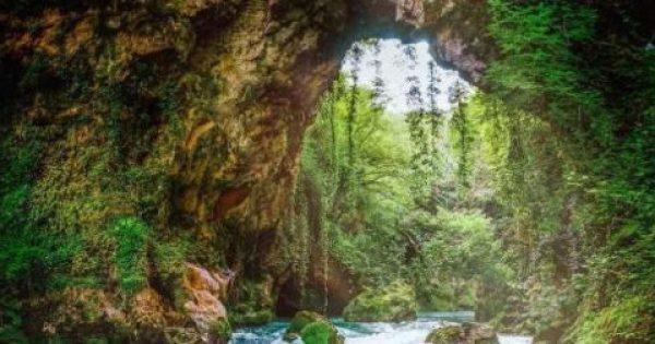 Κατέρρευσε το Θεογέφυρο, το πιο ξεχωριστό γεφύρι της Ελλάδας