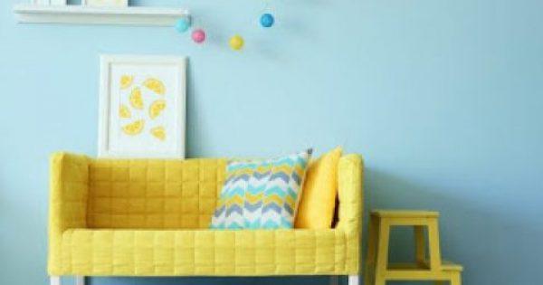Δείτε πώς ακριβώς θα φτιάξετε ένα κρυφό ράφι πίσω από τον καναπέ