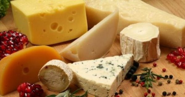 Eσείς τρώτε τυρί καθημερινά; – Δείτε τι συμβαίνει στην καρδιά σας