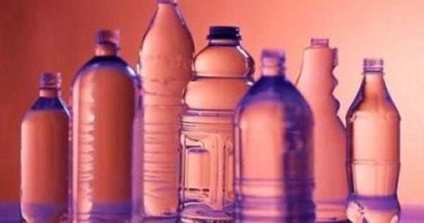 Το 86% των εφήβων έχουν στο σώμα τους χημικές ουσίες από τα πλαστικά που αλλοιώνουν το φύλο & συνδέονται με τον καρκίνο | Νέα μελέτη