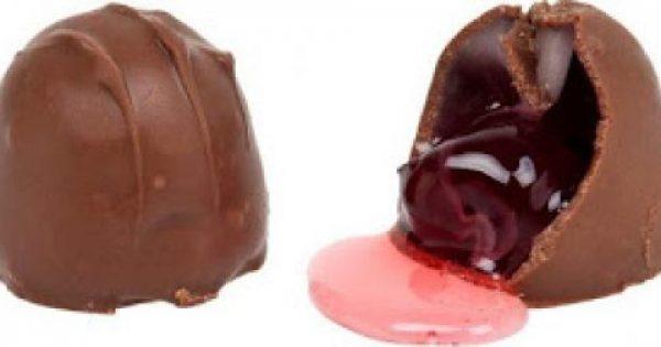 Τι είναι στην πραγματικότητα αυτό το υγρό μέσα στα σοκολατάκια με κεράσι;